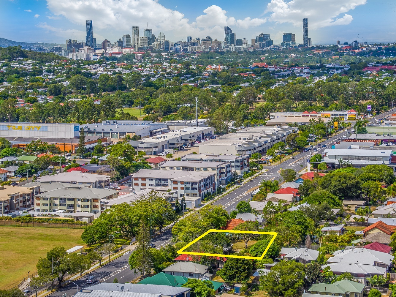 1,300sqm residential development site