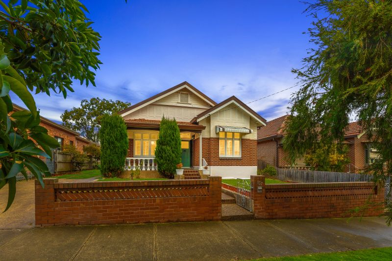 Classic Federation with plenty of potential  Land 814sqm