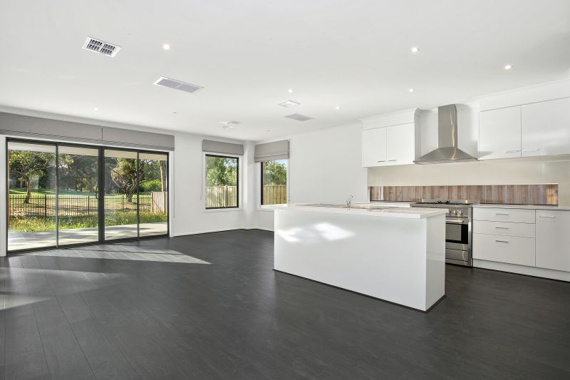 94 Rutledge Boulevard North Geelong