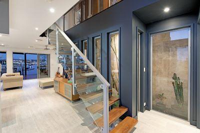Modern Waterfront Home Complete with Atrium Garden