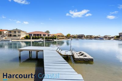 PRICE REDUCED!! Waterfront House with Boat Ramp and Jetty
