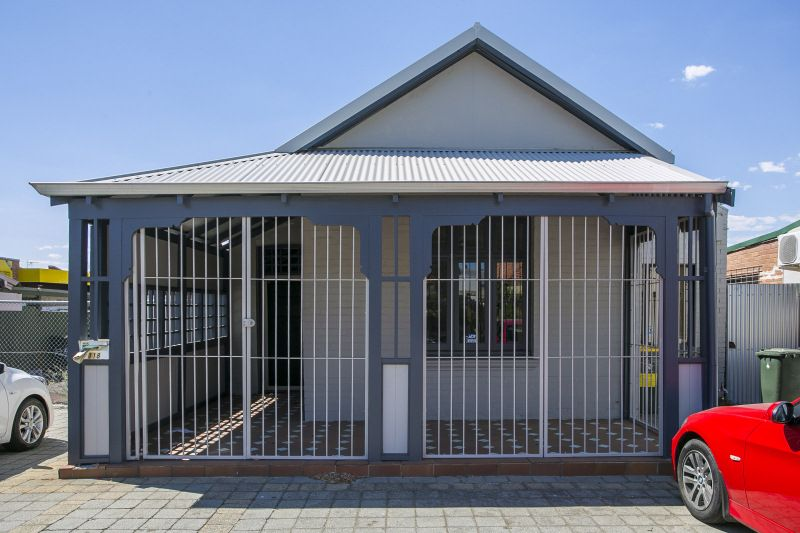 CHARMING CHARACTER OFFICES - AFFORDABLY PRICED & PROFESSIONALLY PRESENTED