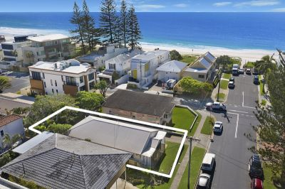 Re-development Mermaid Beach Hot Spot- Vintage Flashback