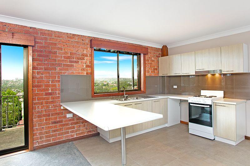 Large Renovated Apartment located in a Quiet Cul-de-sac!