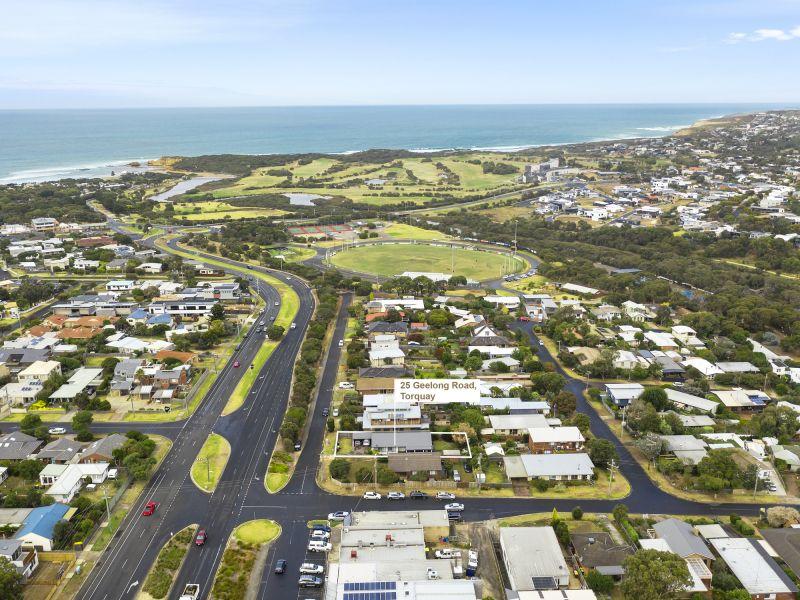 25 Geelong Road, TORQUAY
