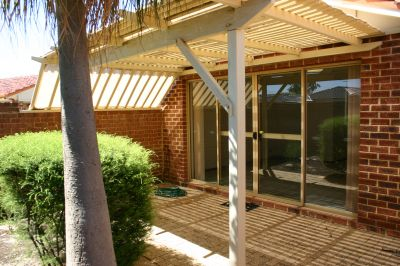 Spacious 3 Bedroom (just renovated) Free Standing Villa In Dianella
