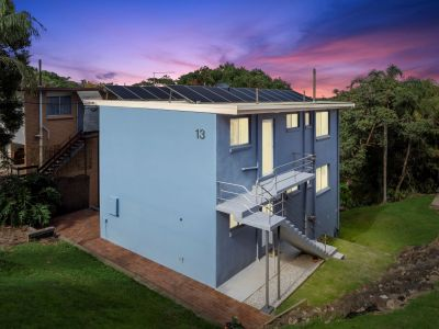 East Ballina Beachside Living with Solid Returns. Development opportunity!