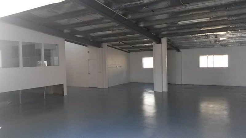 LEASE IN NOOSAVILLE'S PREMIER LOCATION FOR INDUSTRIAL BUSINESS | STANDALONE BUILDING