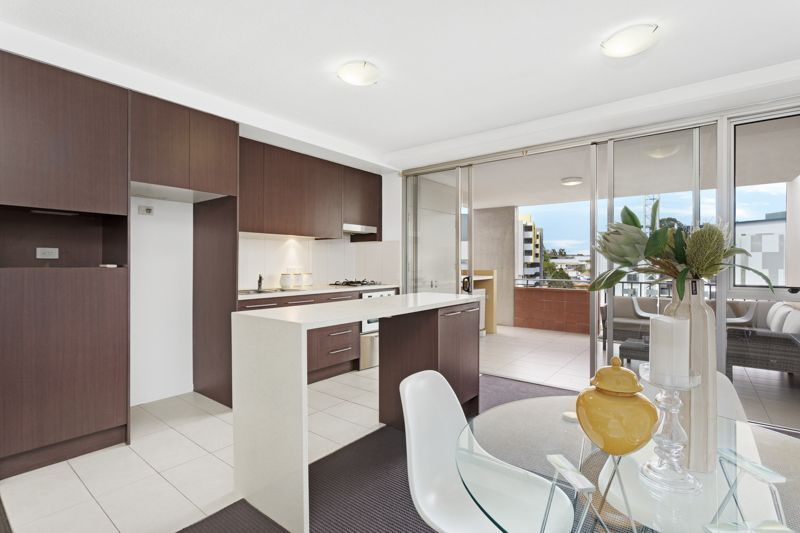 Beautiful modern unit in the heart of Kelvin Grove!