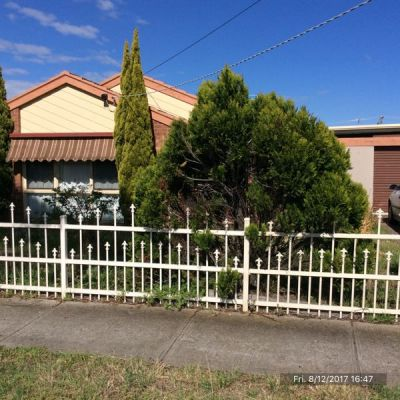 Please email to register your interest in this property to Louise.e@sweeneyea.com.au to book a private inspection