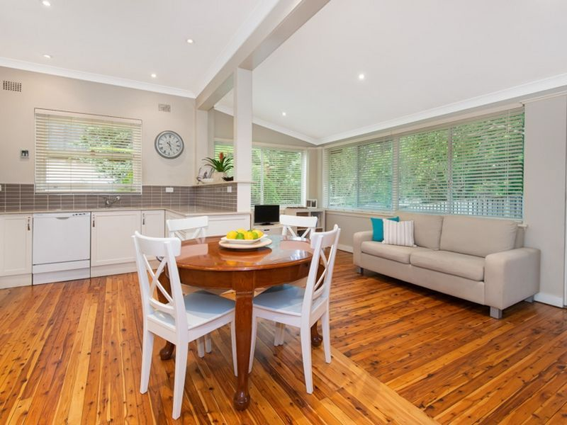 Sold property: Sold Price for 4 Wentworth Avenue 2077