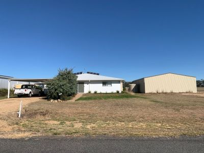 MASSIE, QLD 4370