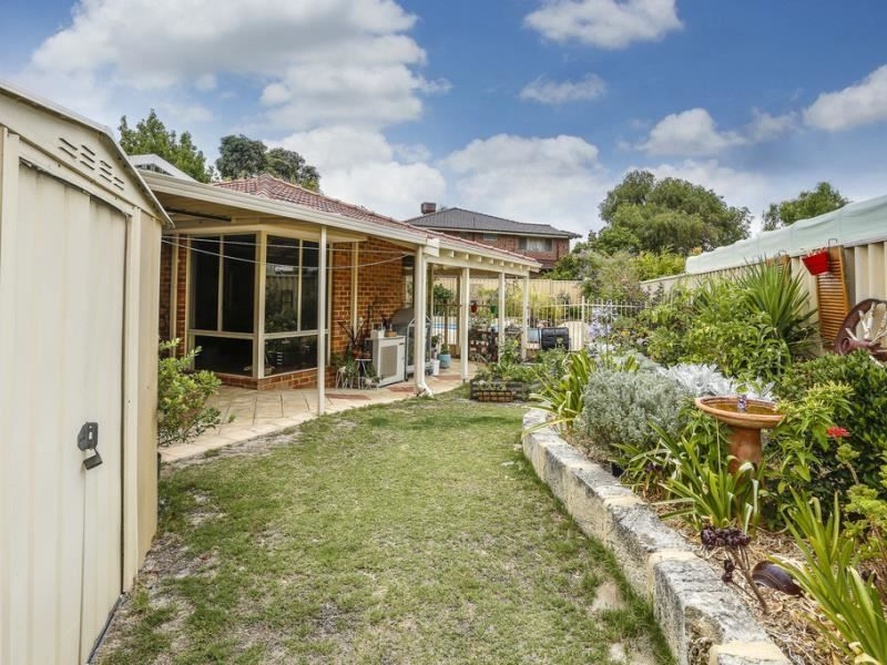 For Sale By Owner: 430 Summerlakes Parade, Ballajura, WA 6066