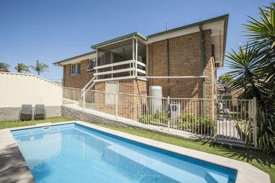 RAYMOND TERRACE, NSW 2324