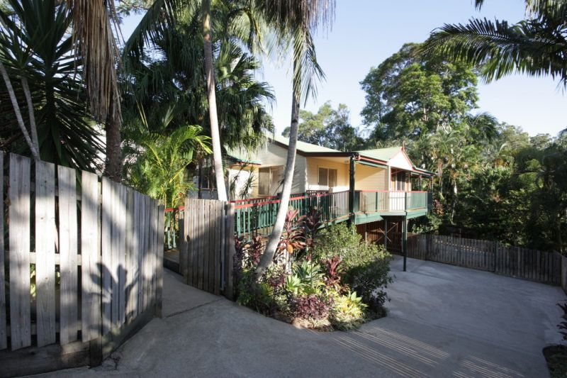 Queenslander home with loads of character suit dual living-for sale now!