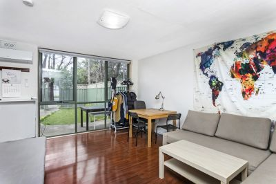 Grand Opportunity To Secure This Generous Townhome With Street Frontage Appeal