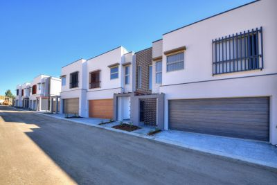 Brand New & Luxurious 3 bed 2-bathroom town houses ready now