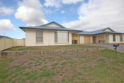 2/5 Dargin Close, Singleton