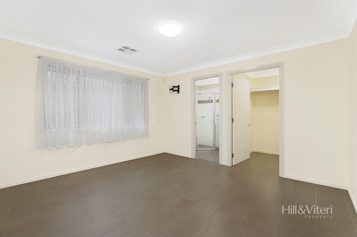 32 Chipilly Avenue, Engadine NSW 2233