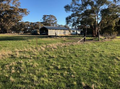 Country Getaway on 58 Acres (23.48 Ha)