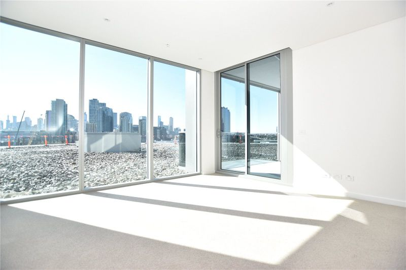 Exclusive One Bedroom Apartment in the Heart of Docklands!
