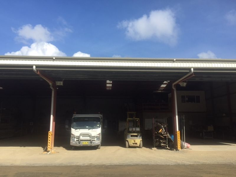 WAREHOUSE AND SECURED YARD