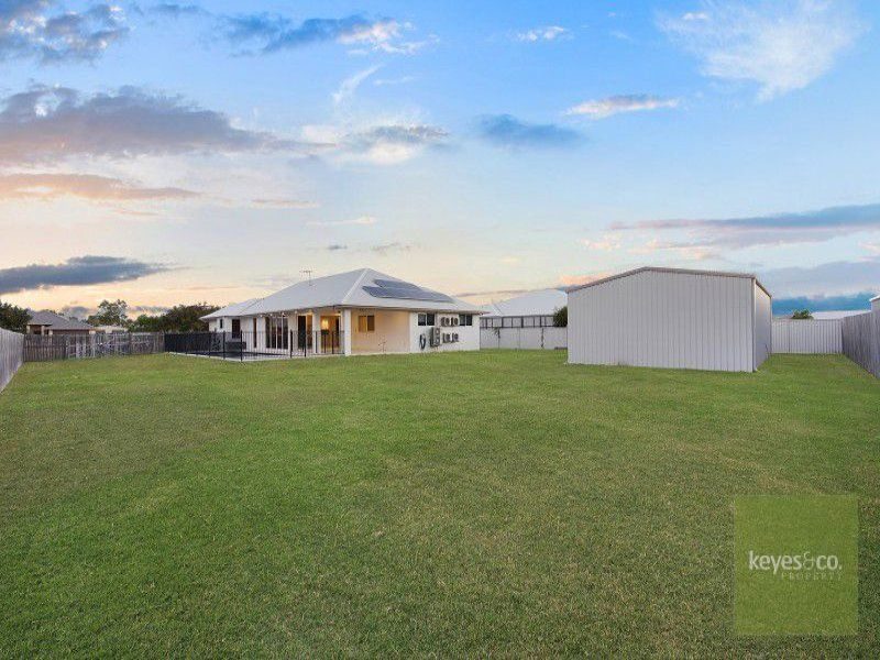 42 Shoalmarra Drive, Mount Low
