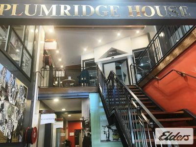 PLUMRIDGE HOUSE OPPORTUNITY!