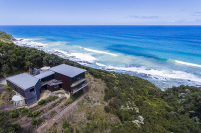SPECTACULAR GREAT OCEAN ROAD SECLUSION & RUGGEDNESS