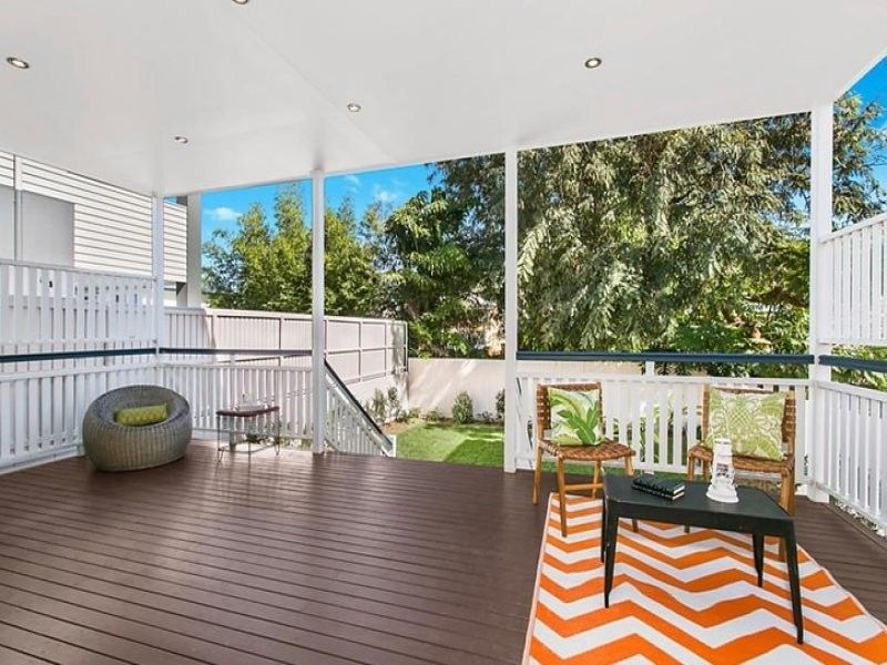 Desirable home with an exclusive Balmoral address