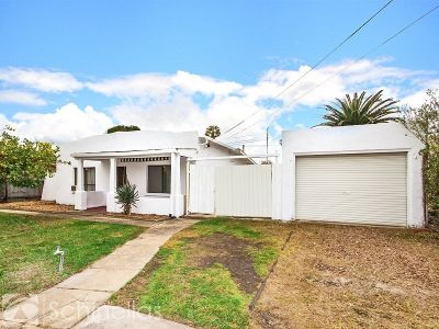 GREAT FIRST INVESTMENT - (APPROX) 6% RENTAL RETURN
