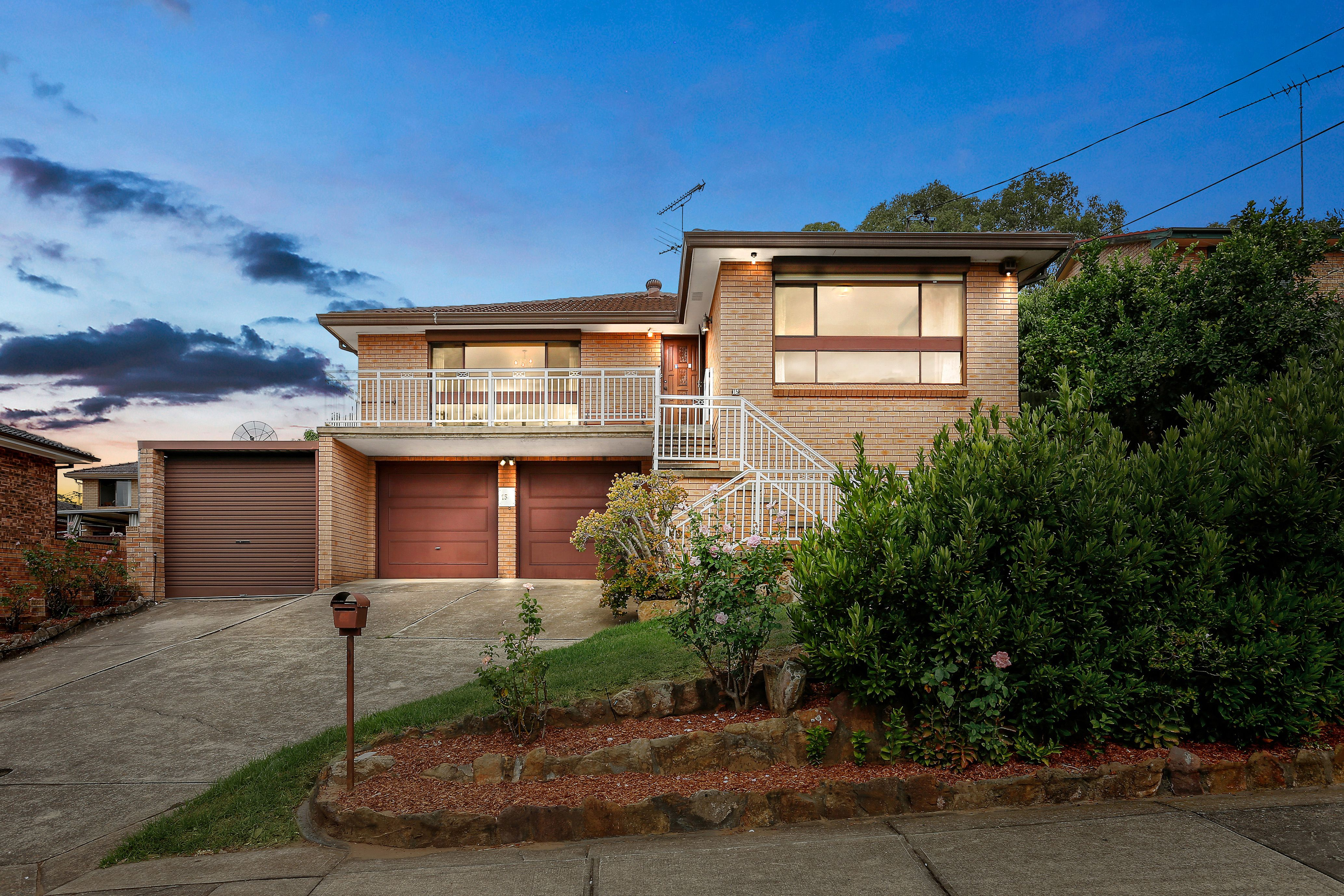 15 Foley Street, Georges Hall NSW 2198