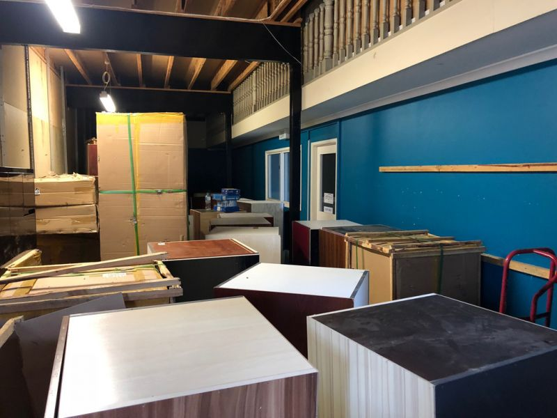 WELL EXPOSED FRONT SHOWROOM/WAREHOUSE UNIT