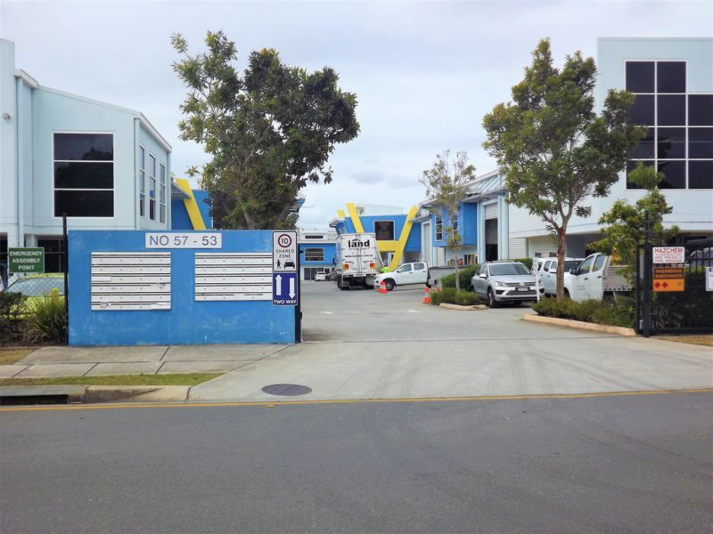 250sqm* Tilt panel Warehouse/Office in Sought After Location