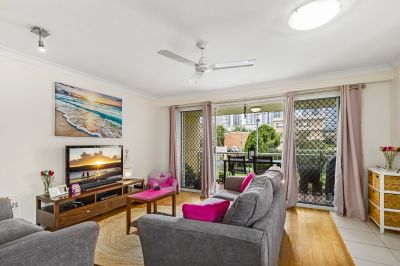 Vacant Ground Floor Apartment-Prime Position On Chevron Island