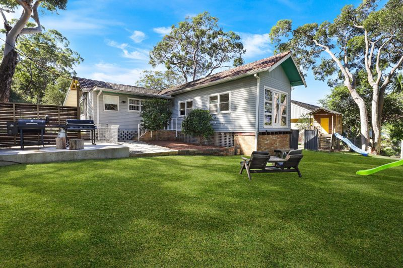 13 Bottle Forest Road, Heathcote NSW 2223