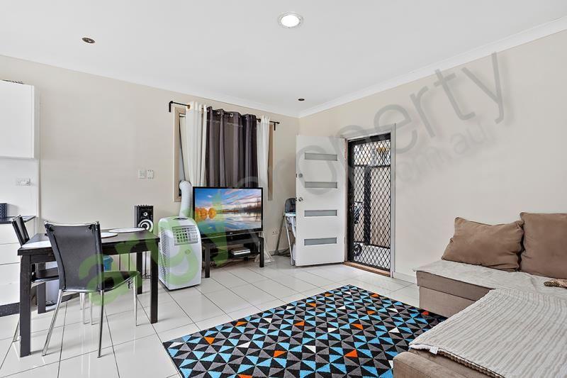 Renovated 2 Bedroom Granny Flat