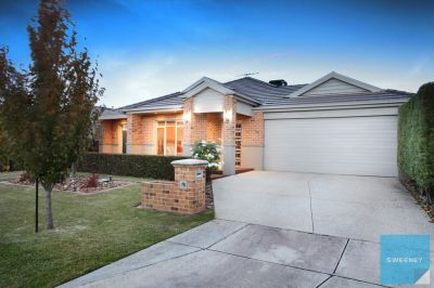 Spacious, Modern and Low Maintenance Living!