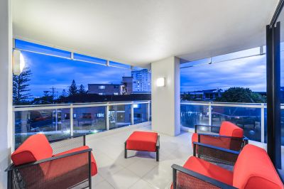 Contemporary Apartment in Lumiere - Owner Says Sell!