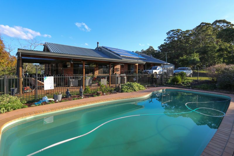 ELITE FAMILY EXCELLENCE WITH VIEWS FROM POOL & HOME