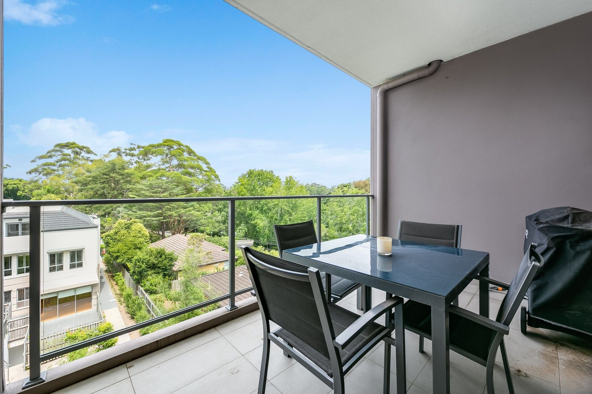 25/18 Shinfield Avenue St Ives 2075