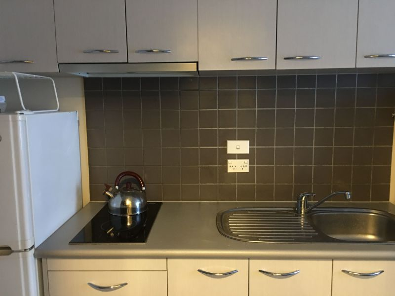 For Sale By Owner: Carlton, VIC 3053