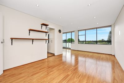 Renovated Spacious 2 bedroom apartment