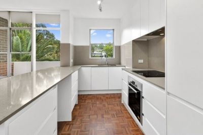 Renovated Apartment in 'Fitzroy Place'