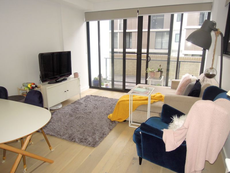 LUXURY 1 BEDROOM UNIT WITH COMMON ROOF TOP TERRACE