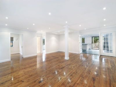 Renovated Home. Great location in a Quite Neighbourhood