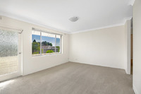 8/5 Hampstead Road, Homebush West