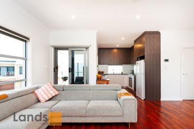 A Stunning Townhouse in The Square at Woodville West.