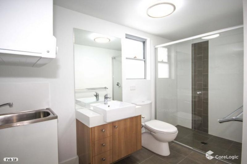 CONVENIENT CITY LIVING - AVAILABLE 3RD MARCH