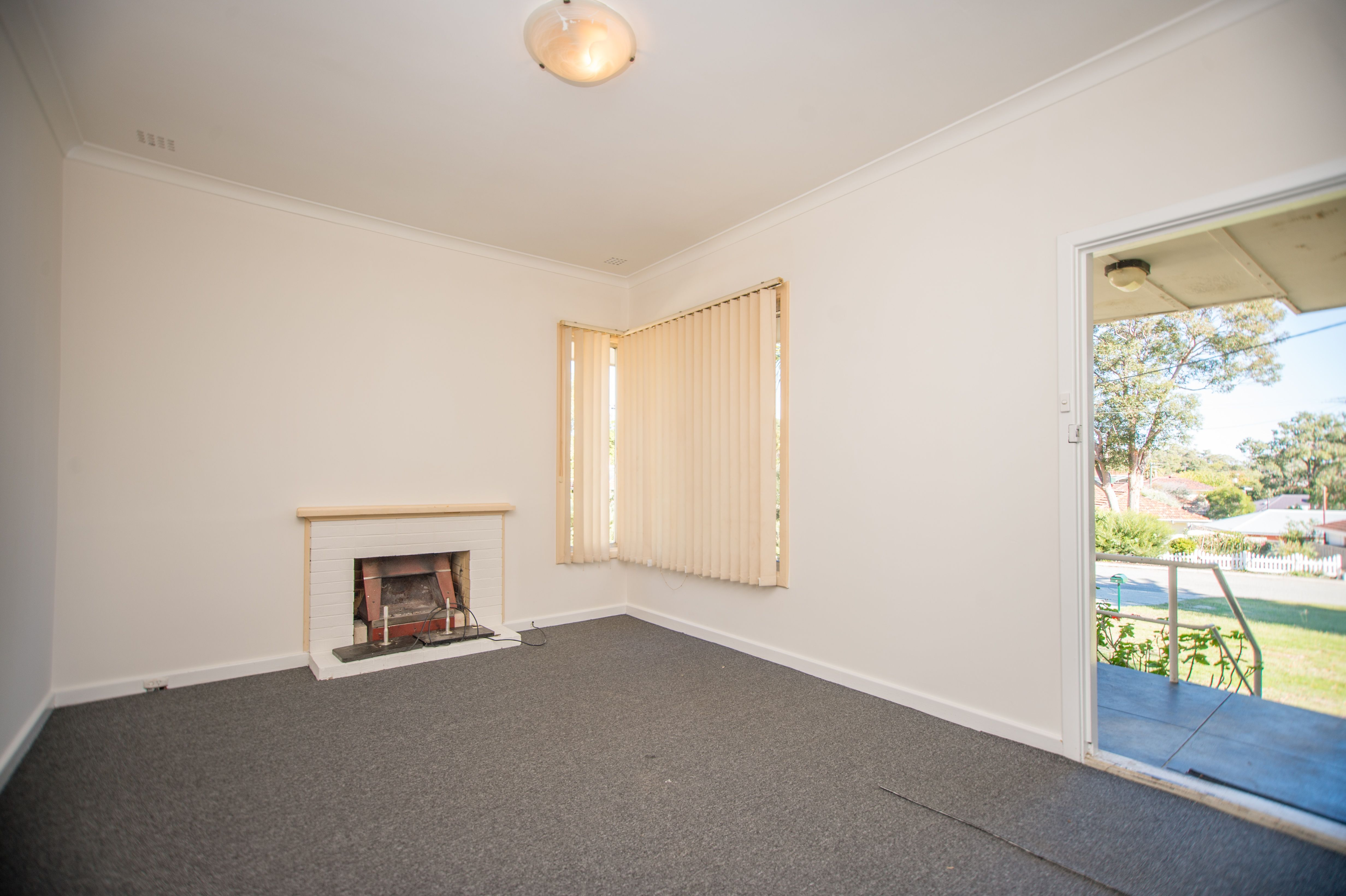 4 Caliban Way, Coolbellup